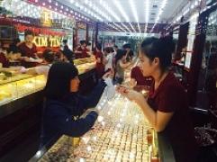Thông tin thị trường vàng sáng 18.10.2017: Vàng đồng loạt lao dốc